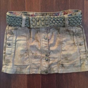 Guess camouflage skirt. Make an offer
